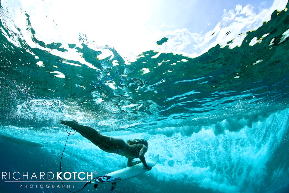 Amy-duckdive_RichardKotch_Maldives2012_-116