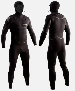 4mm hooded wetsuit black