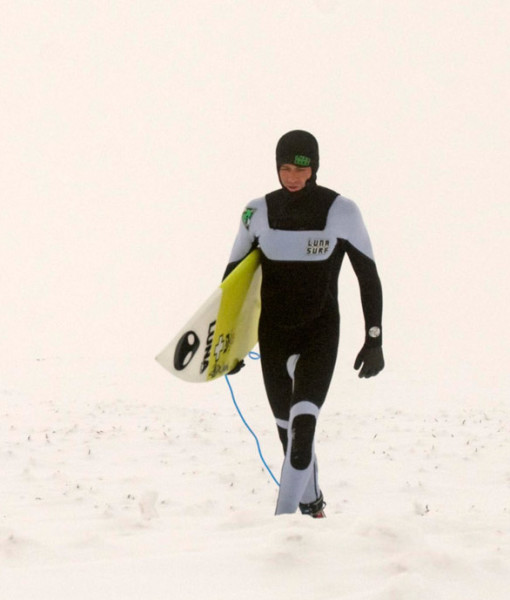 4mm hooded wetsuit white out